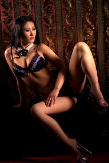 Alsu, beautiful Russian escort who offers massages in Rome