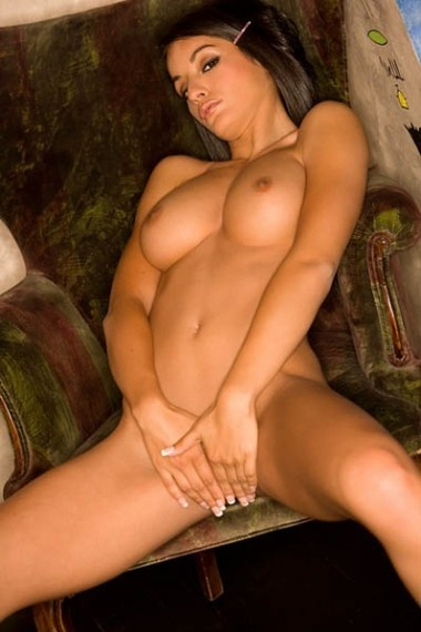 Ganna, beautiful Russian escort who offers oral job in Rome