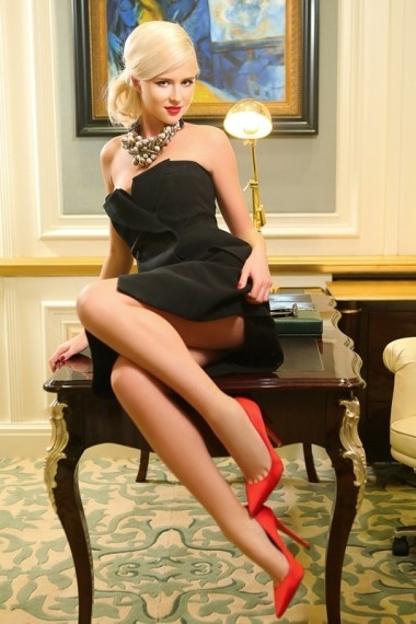 Lisa, beautiful Russian escort who offers company in Rome